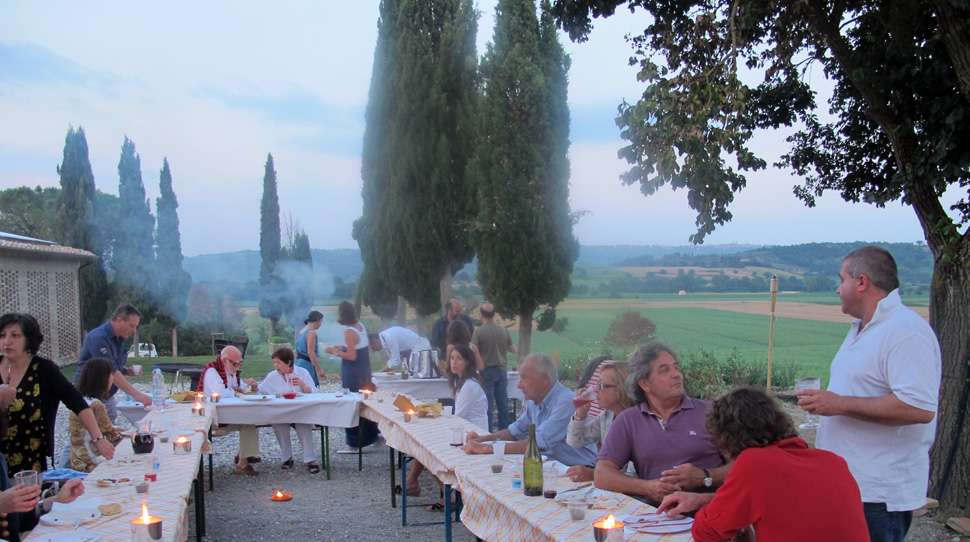 A big friendly dinner at Campiglione - 2 cooks in Tuscany
